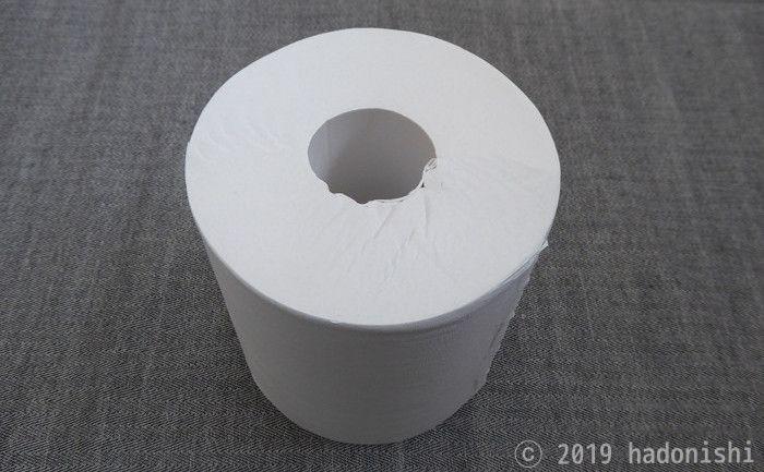 芯なしトイレットペーパーの芯を抜いて卓上で使うのサムネイル