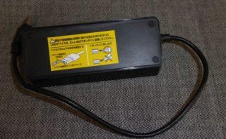 USB3.0ハブ『U3H-S418BBK』の裏側