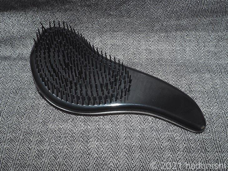 セリアのヘアブラシ[フラワー]本体裏